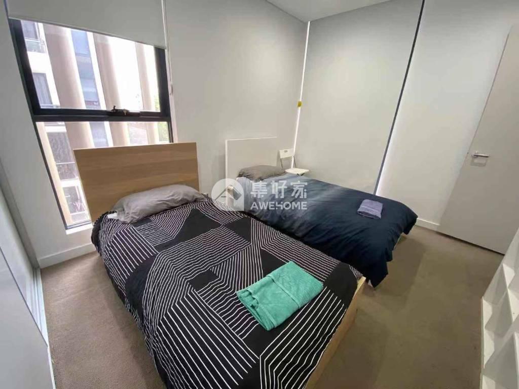 悉尼,悉尼Mascot高档两室两卫,楼下商业街,近UNSW,去city也很方便