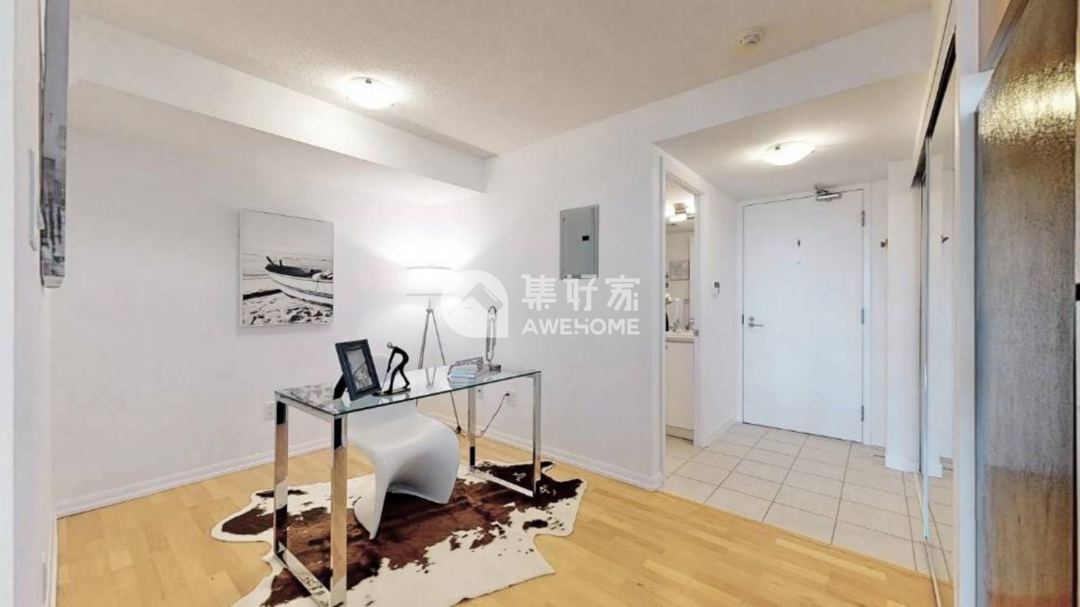 多伦多,近多伦多大学Bay College1房1den公寓包水电带车位价好