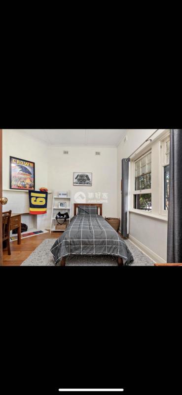 阿德莱德,4室大house可养宠物6点6kw太阳能和警报系统和电子锁