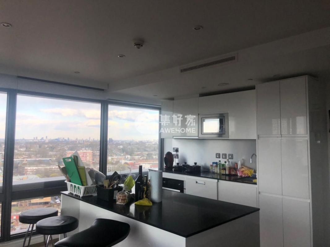 伦敦,伦敦一区17层 24平带2个超大窗户和独立卫浴